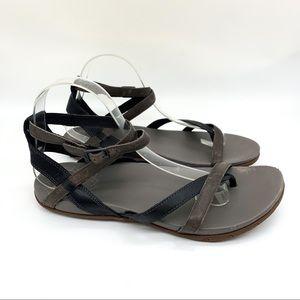 CHACO Sofia leather strap gray black sandals, 9.